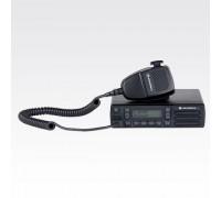 Motorola CM200D VHF 16 Ch 45 Watt Analog AAM01JQC9JC1AN