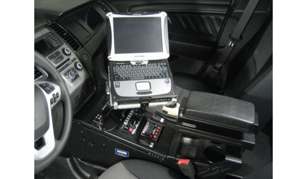 Ford Police Interceptor Sedan and Ford Taurus Standard Passenger Side Mount